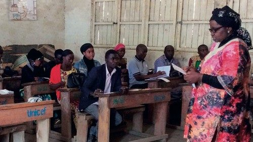 Justine Masika Bihamba during a training course in a village. (photo from SFVS Facebook profile)