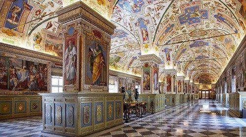 Il salone sistino, che è stato sede della Biblioteca apostolica Vaticana