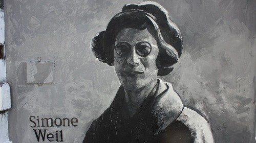 Un murale raffigurante la filosofa e scrittrice francese Simone Weil