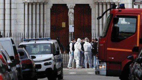 papa condanna attentato