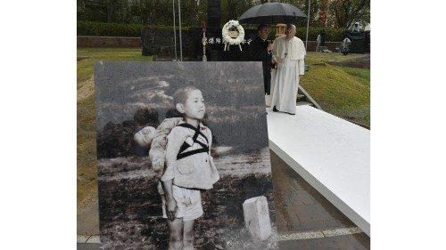 Papa Francesco nell'Atomic Bomb Hypocenter Park di Nagasaki (24 novembre 2019)
