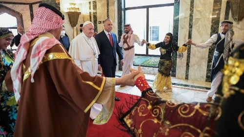 Papa accolto Iraq
